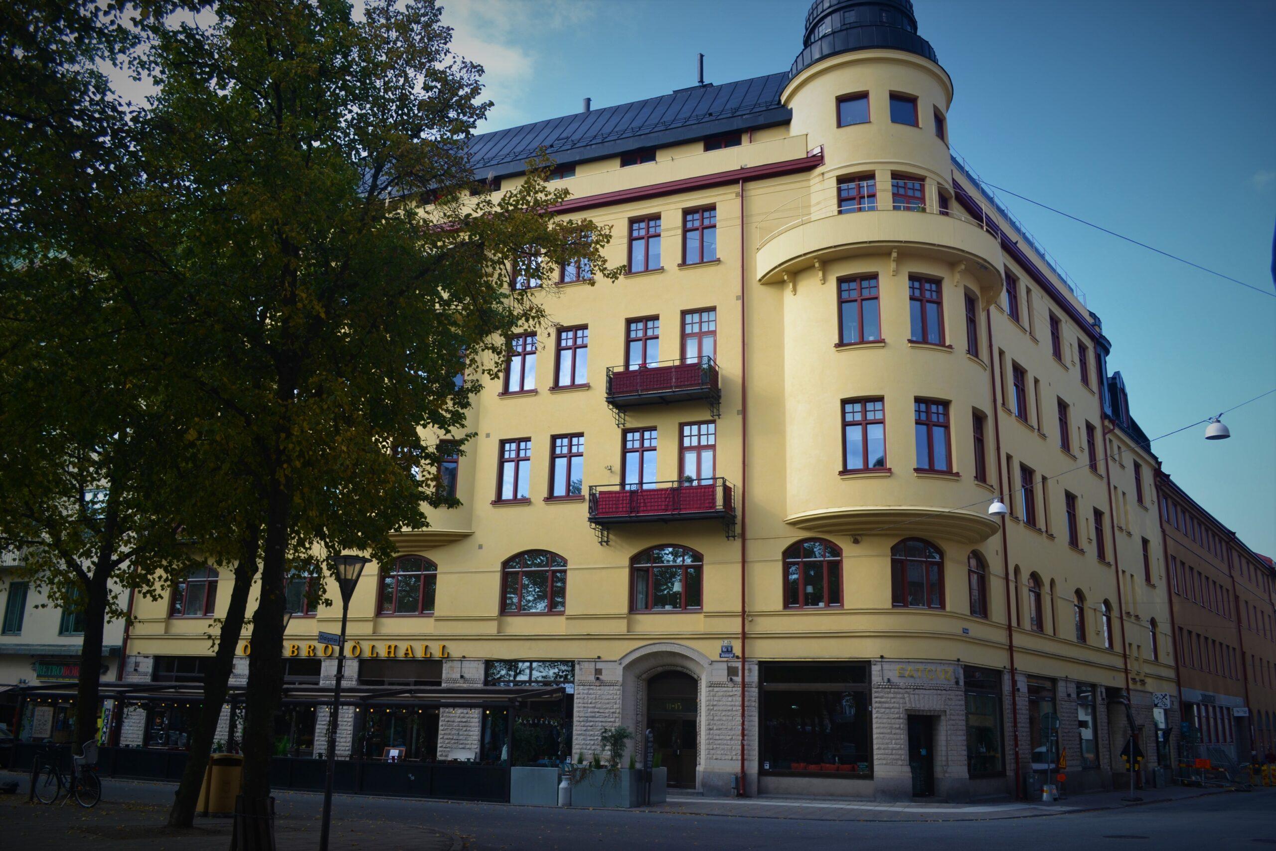 Klostergatan 11-13/ Olaigatan 12